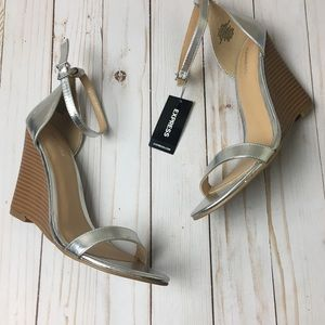 Express NWT Silver Pumps Size 7